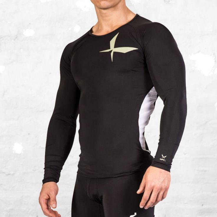 The WPN. Coretech Long Sleeve Compression Top features durable, light weight 4 way stretch Dri-Shield fabric that keeps you cool and dry during any intense activity. Ergonomic flat seems to reduce rubbing or irritation and wide crew neckline for comfort and fit. Engineered to support major muscle groups in the upper torso and arms while speeding up post exercise recovery.