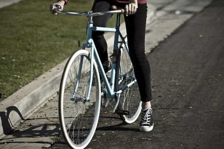 State Bicycle Co. - Domingo https://www.volavelo.com/comprar-bicicleta-paseo/state-bicycle-co/domingo.html