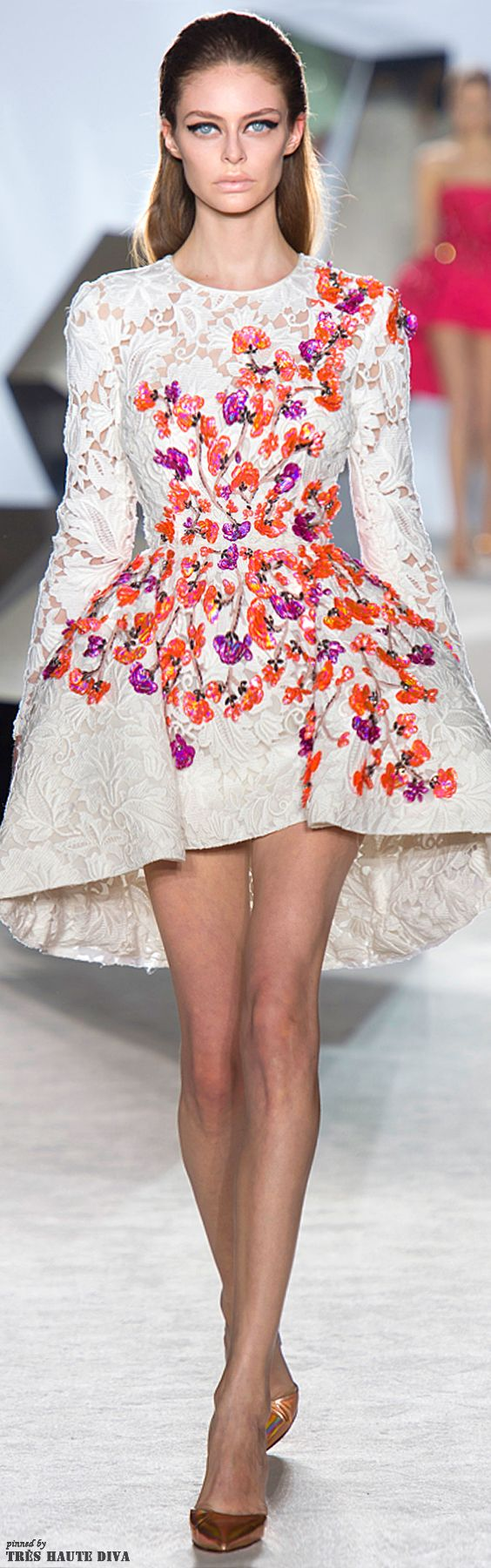 More than obsessed ❤️ | Giambattista Valli Spring 2014 Couture www.vogue.com/...
