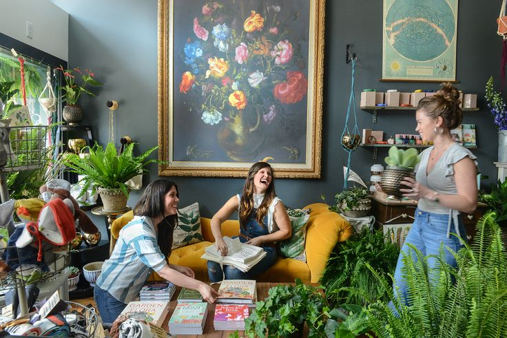 The Farmer's Daughter Flower Shop in Pittsburgh, PA via Design*Sponge