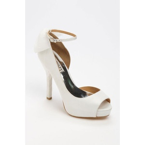 Need these for the bridal shoes. #BadgleyMischka 'Zakia' #Pump