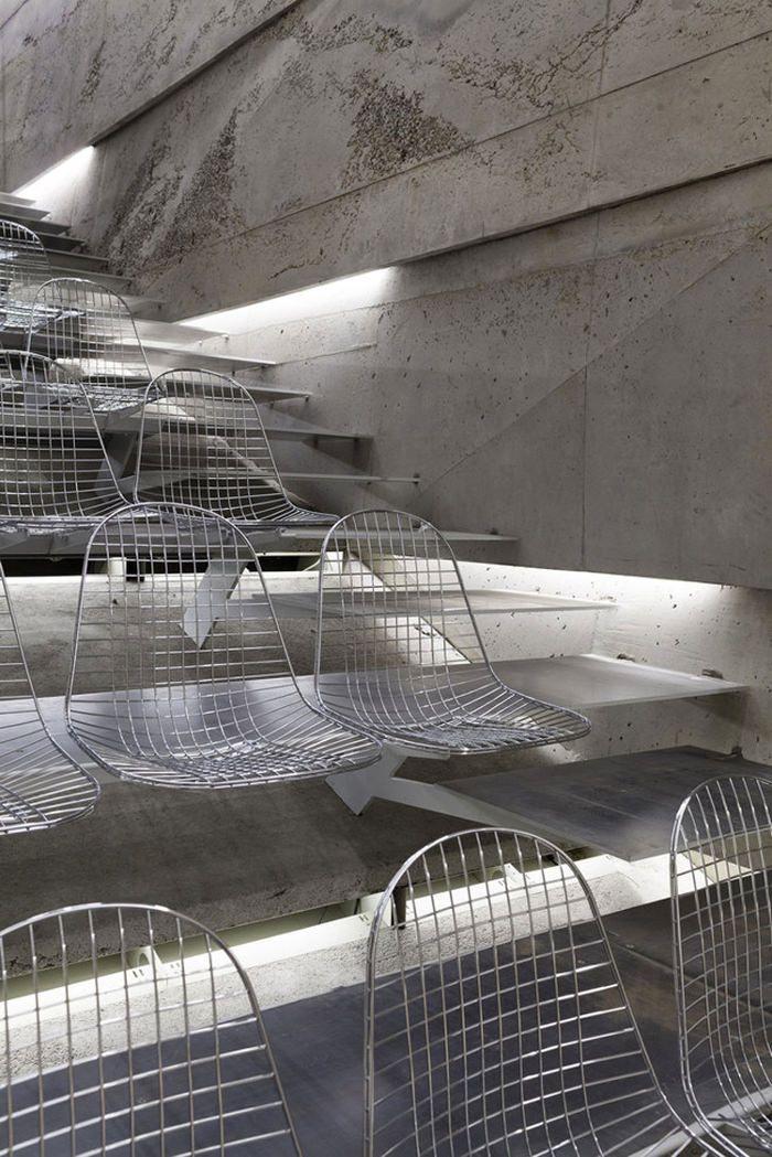 Nouvelle salle de concert architecturale en Allemagne par Peter Haimerl #design #pin_it @mundodascasas Veja mais aqui(See more here) www.mundodascasas.com.br