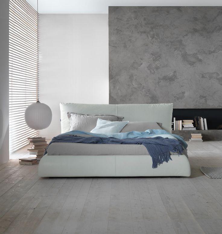 die besten 25 lederbett ideen auf pinterest wei es lederbett runde betten und kopfteil aus leder. Black Bedroom Furniture Sets. Home Design Ideas