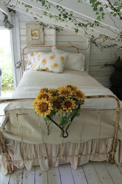 romantic fairytale cottage bedroom / ivy & sunflowers / home decor decorating ideas