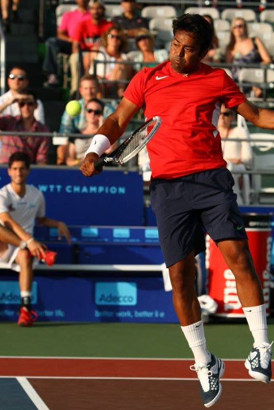 Washington Kastles vs. Boston Lobsters for the Mylan World TeamTennis Eastern Conference Championship ....Leander Paes opening the Eastern Conference Championship on an ace out wide. 5-2 Mxd Dbls: Leander Paes & Hingis both held at LOVE .... 7/25/13