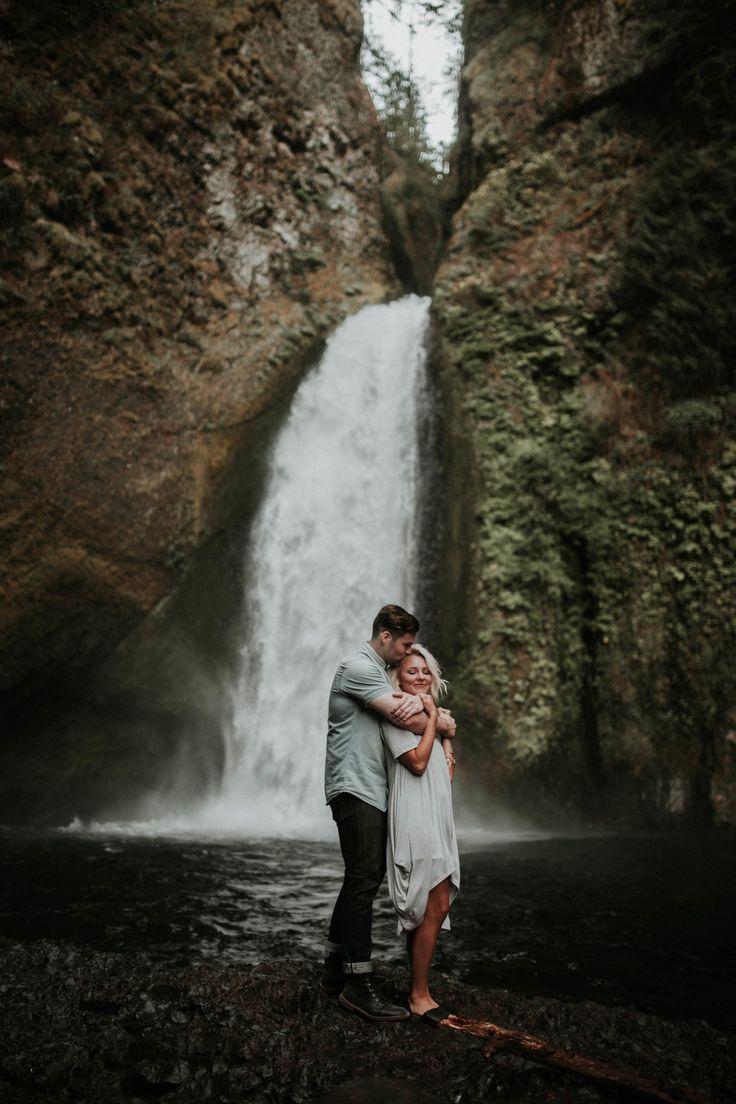 Oregon lush waterfall engagement photos