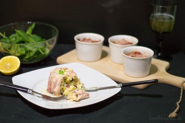 Bacon wrapped-potatoe pudding
