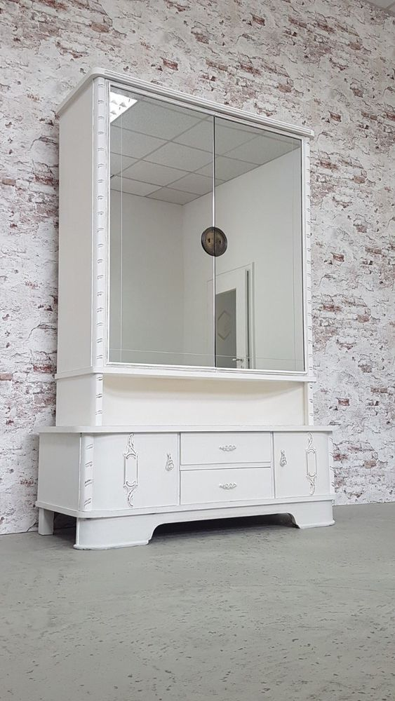 Antiker Spiegelschrank Schrank Wäscheschrank im Jugendstil ...