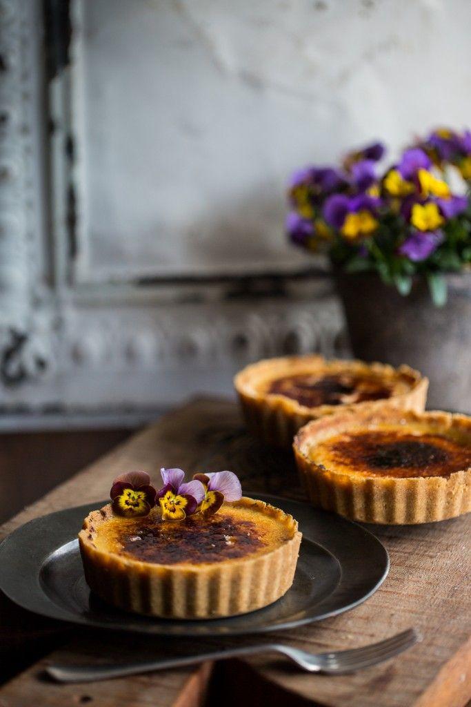 Crème Brûlée Tarts | Cygnet Kitchen. Perfect individual tarts for preparing in advance #entertain #entertaining #cremebrulee