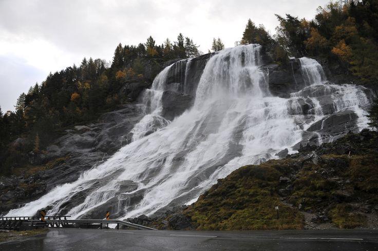 Waterfall i Hardanger