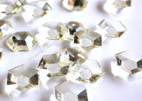 Edible Cake Decorations Diamonds : 17 Best ideas about Edible Diamonds on Pinterest Diamond ...