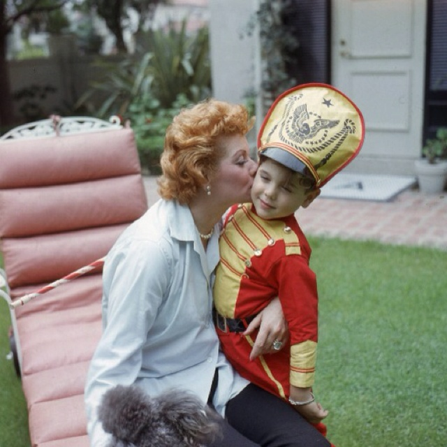 Lucy with kisses for little ricky i love lucy for Who played little ricky in i love lucy