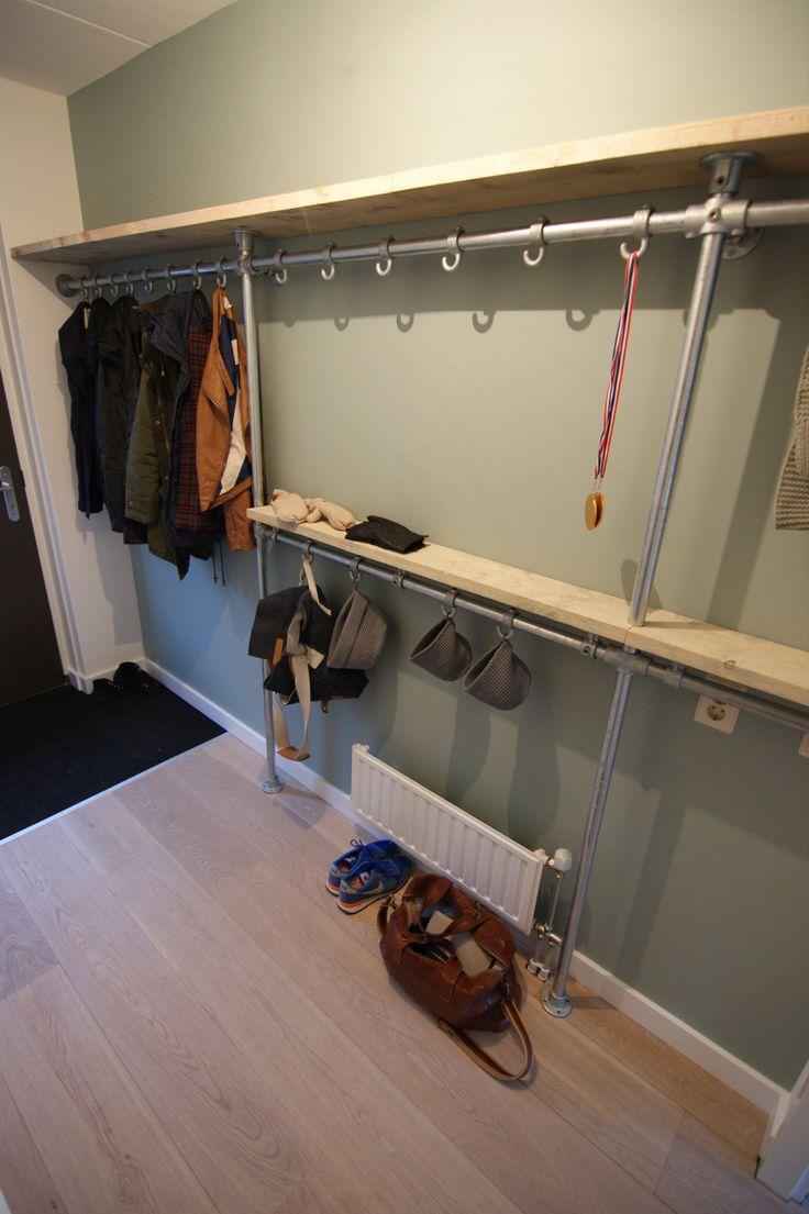 25 beste idee n over smalle gang decoratie op pinterest smalle gangen smalle ingang en hal - Idee deco gang ingang ...