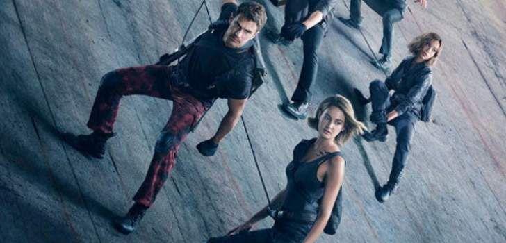 A Lionsgate liberou um novo trailer para o novo filme A Saga Divergente: Convergente juntamente com um novo poster. O terceiro filme da franquia blockbuster leva Tris (Shailene Woodley) e Quatro(Theo James) para um novo mundo, muito mais perigoso que antes. Depois das revelações catastróficas de Insurgente, Tris precisa escapar com Quatro e ir além …