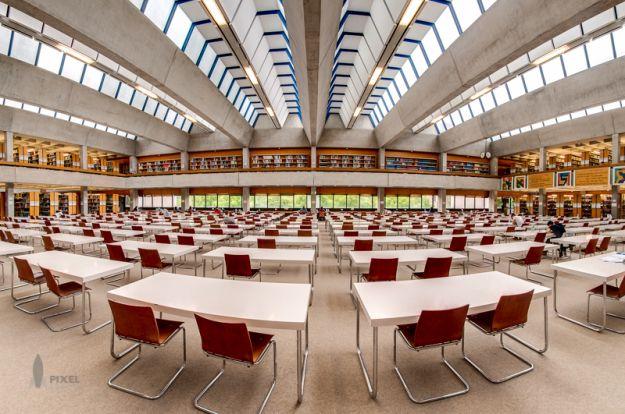 Lesesaal Philosophicum, Universität Regensburg | pixelrakete.de