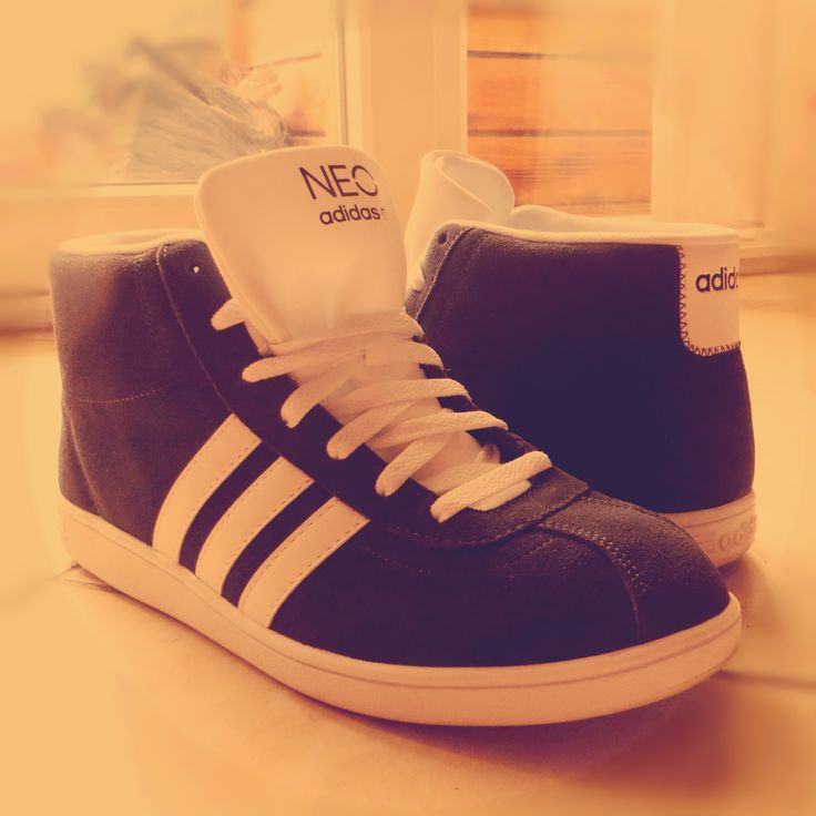 Adidas Neo Mid court .Comfy and old skool? Yes sir!
