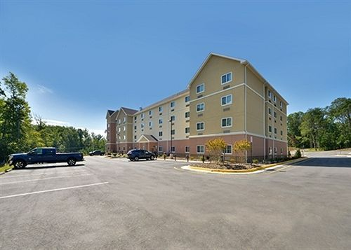 Suburban Extended Stay Hotel in Stafford, VA - Quaker Commercial Hotel Project