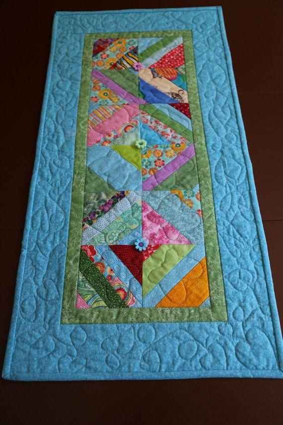 Plus de 25 id es uniques dans la cat gorie chemins de table en patchwork sur pinterest chemin - Chemin de table en patchwork ...