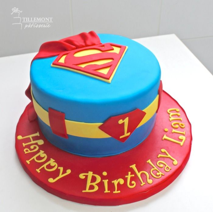 Superman cake - For all your cake decorating supplies, please visit craftcompany.co.uk