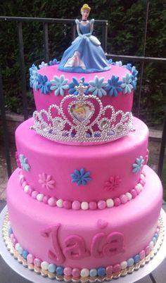 cindarella cake   Princess Cinderella 3 tier cake — Birthday Cakes