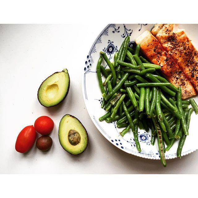 Lax gröna bönor haricot vertes avokado pärltomater körsbärstomater tomater Fav favs
