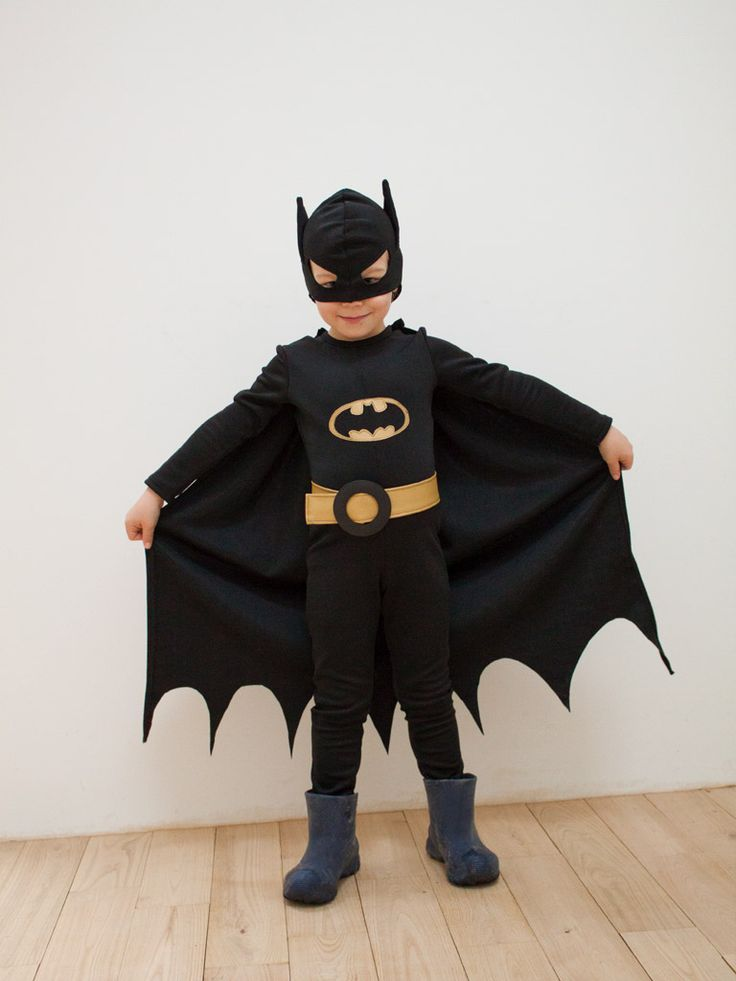 les 25 meilleures id es concernant costumes de batman sur pinterest costume de batman pour fille. Black Bedroom Furniture Sets. Home Design Ideas