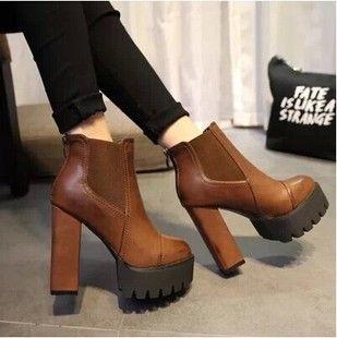 Новые зимние ботинки Европа ветер ультра-высокие каблуки упругой водонепроницаемый толщиной с голыми сапоги каблуки Мартин сапоги женщин короткие сапоги