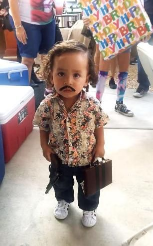 Kid in Pablo Escobar costume sparks Halloween debate
