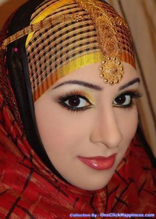 Meet the most beautiful woman in the world 2013, Saudi Arabian queen, Fatima Zohar-Godabari.Fathima Kulsum Zohar Godabari who was once a royal Princess is now an official Queen in Saudi Arabia. She was recently photographed without niqab covering her face and the pictures were published on the inter