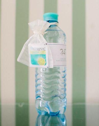 liebelein-will, Hochzeitsblog - Wasser, Aspirin, Gastgeschenk, Hochzeit