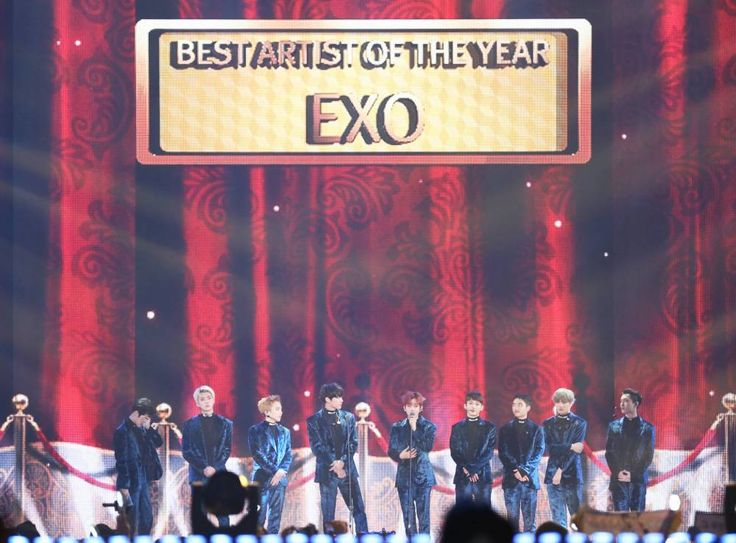#EXO becomes first group to win all 3 of the 'Daesangs' at 'MelOn Music Awards' http://www.allkpop.com/article/2016/11/exo-becomes-first-group-to-win-all-3-of-the-daesangs-at-melon-music-awards