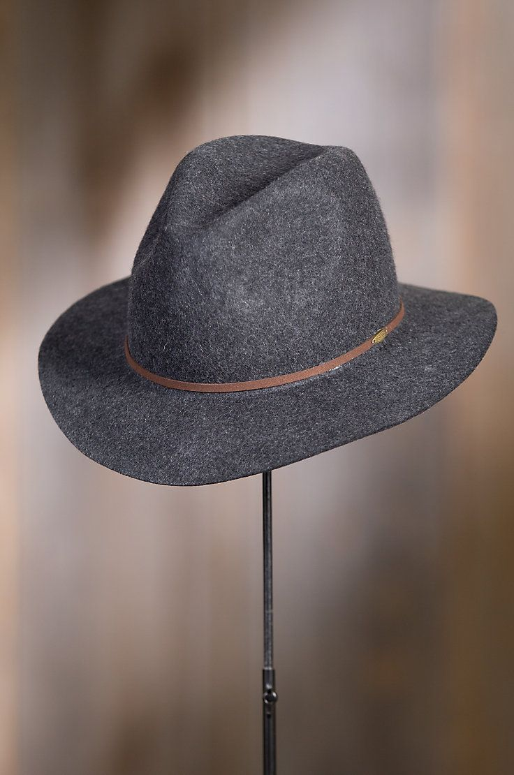 When cool weather hovers at your doorstep, our Edward Crushable Wool Felt Safari Hat is the answer. 100% wool felt.
