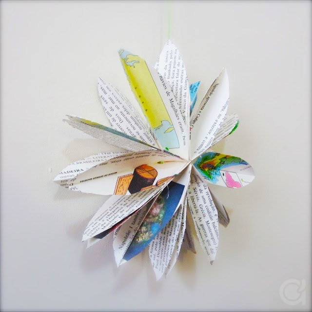 hanging paper flower with tutorial: Bracelets Tutorials, Paper Stars, Idea, Paper Bracelets, Paper Flowers, Paper Crafts, Amora Crafts, Diy Paper, Paper Bags Flowers