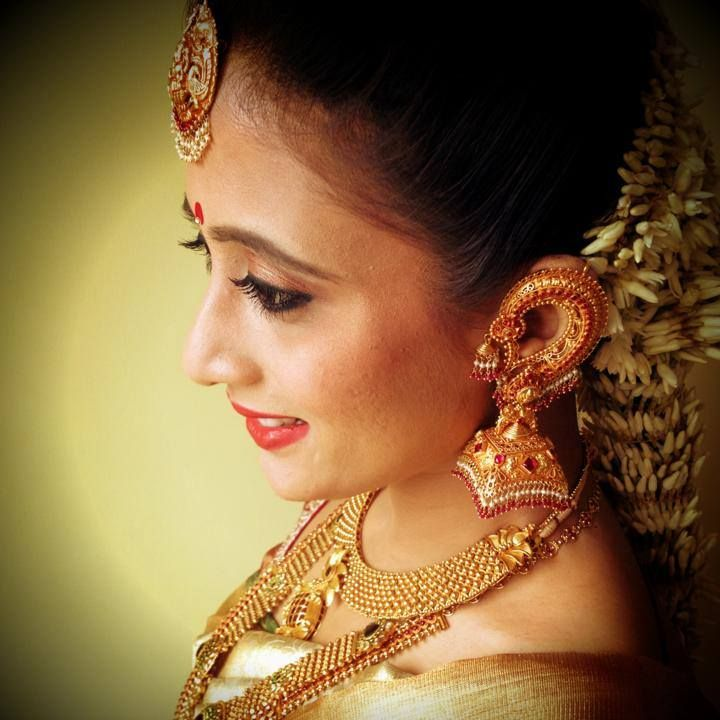 south indian bride | bridal makeup jewellery