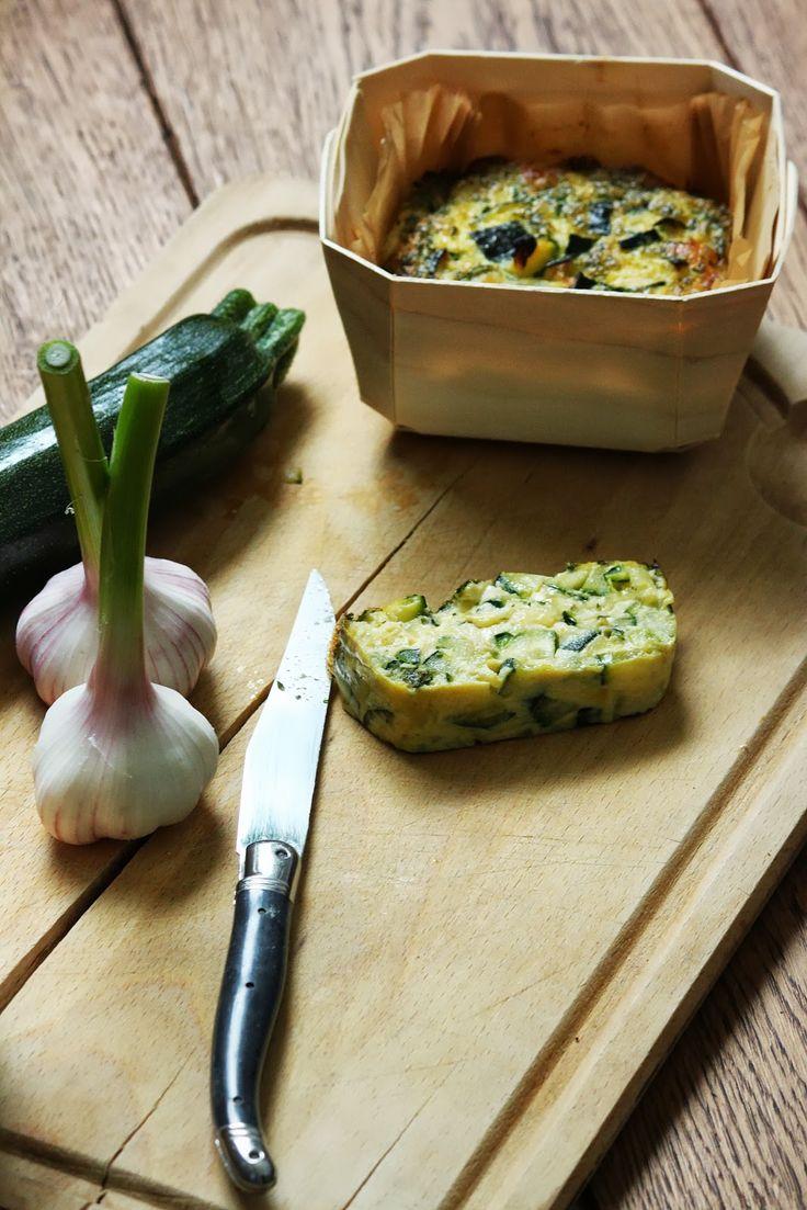 Sof vous invite ...: Flan de courgettes, ail et mozzarella