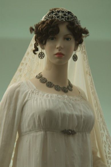 'Virginie' 1806 Napoleon: The Empire of Fashion    Gorgeous jewelry parure of cut steel!