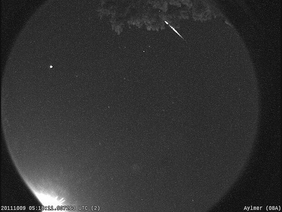 Draconid meteor shower should brighten your Friday happy hour     - CNET  Enlarge Image  A Draconid streaks the Canadian skies.                                             NASA/UWO Meteor Physics Group                                           Make your transition from the work week to the weekend special Friday by stepping away from the bar and heading outside to check out the annual Draconid meteor shower which peaks this year on October 7-8.   Normally catching the latest crop of…