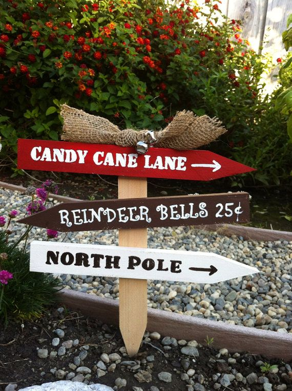 """Christmas Yard Sign with Burlap Bow & Bells 12""""/Candy"""
