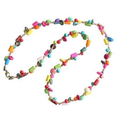 Colier handmade curcubeu - 60 lei De inspiratie hippie, colierul handmade curcubeu este perfect pentru a-ti inveseli tinuta zilnica.