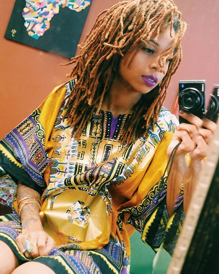 Queen in Dashiki with Locs