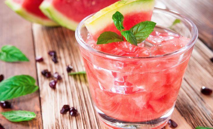 Na mojito's, gin-tonics en prosecco,is het nu de beurt aan wijn-slushie's om als het zomerdrankje van 2016 de zomer te veroveren.