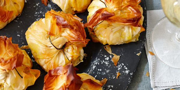 Buideltjes met wortel, noten en dadels