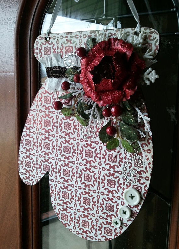 Altered Wooden Mitten Christmas Inspiration Christmas Decorations Christmas Ornaments Diy