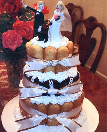 worst wedding cake disasters 17 best images about wedding fail on wedding 27644
