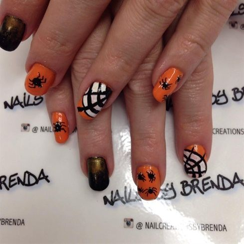 acrylic nails with gel-polish and hand painted   – Nail Art – Fall, Autumn and H…   – Acrylic Nail Board