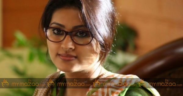 If reports are to go by, actress #Sneha is all set to make a comeback in a grand way.