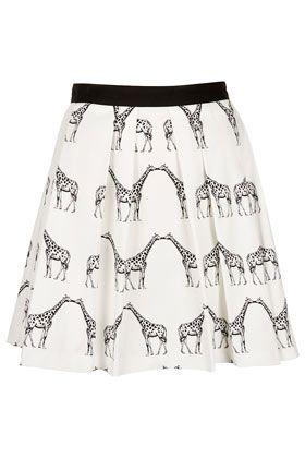 Kissing Giraffe Pleated Skirt