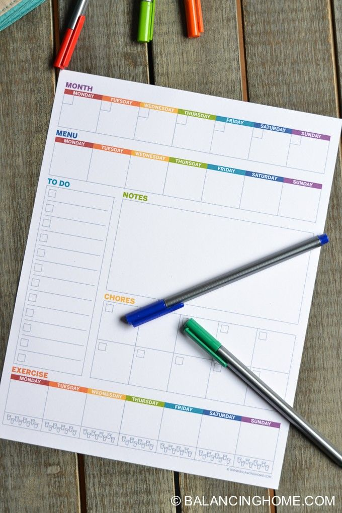 A weekly planner printable to track: appointments, menu, to do, notes, chores & exercise for the week. Plan your week in less than 10 minutes!