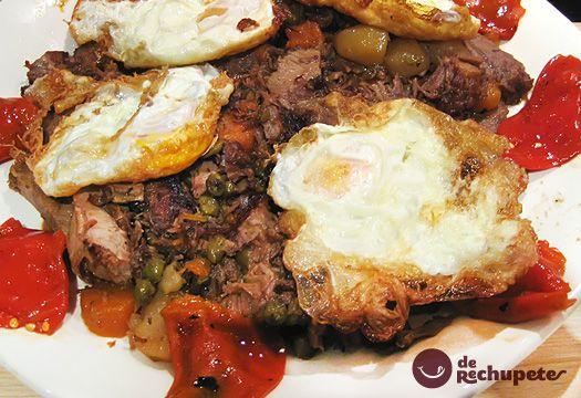 Y si es con huevo fritos con puntilla, mucho mejor! Nacho vete preparando la cazuela, Xarrete galego http://www.recetasderechupete.com/receta-de-xarrete-y-huevos-fritos-con-puntilla/1469/ #derechupete