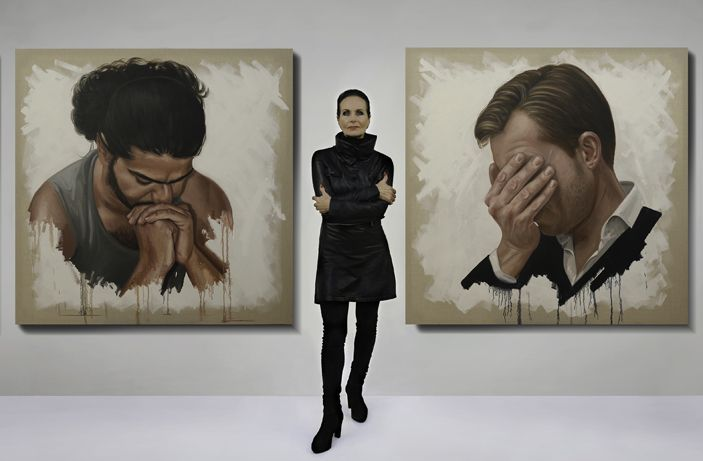 Ans Markus with her paintings